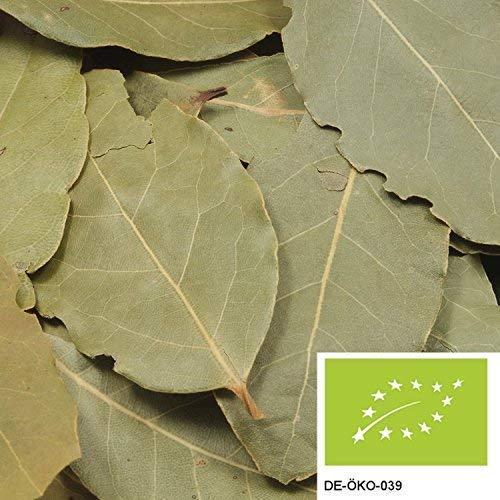 10g di foglie di alloro BIO – foglie di alloro intere, raccolte a mano e intensamente aromatiche, senza additivi – confezionate in imballaggi biodegradabili